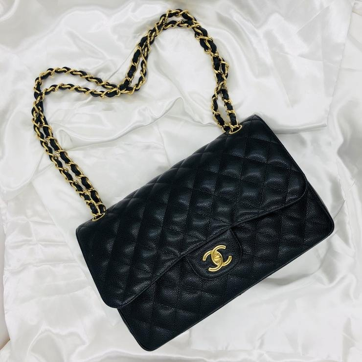 Chanel Classic Jumbo Shoulder Bag with GHW in Caviar
